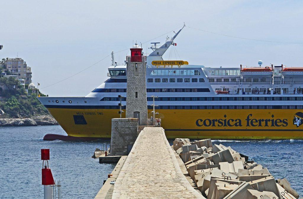 Traghetto Corsica